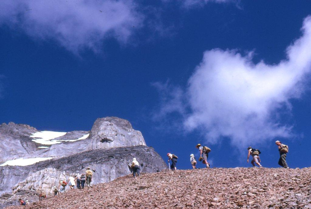03 - Larch Valley 1962 - Group climbing Mt_ Eiffel